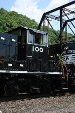 NS 100